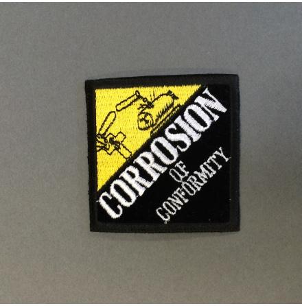 Corrosion of Conformity - Svart/Gul-Vit Logo - Tygmärke